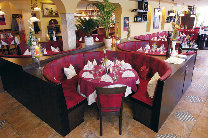 Ristorante Bocelli Gotha | Antonio Sauna | Restaurant, Pizzeria ...
